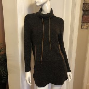 Hailey & Co. Brown Cowl Neck Tunic Sweater